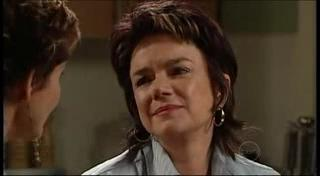 Susan Kennedy, Lyn Scully in Neighbours Episode 4946
