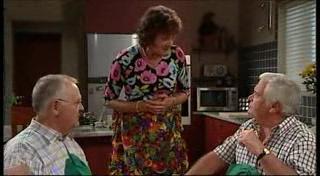 Harold Bishop, Mishka Schneiderova, Lou Carpenter in Neighbours Episode 4947