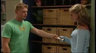 Boyd Hoyland, Janae Timmins in Neighbours Episode 4948