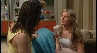 Dylan Timmins, Elle Robinson in Neighbours Episode 4948