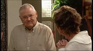 Harold Bishop, Susan Kennedy in Neighbours Episode 4949
