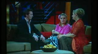 Rove McManus, Bree Timmins, Janelle Timmins in Neighbours Episode 4950