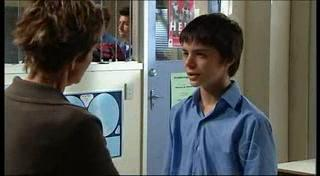 Susan Kennedy, Zeke Kinski in Neighbours Episode 4950