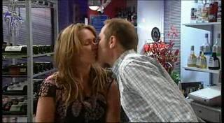 Max Hoyland, Steph Scully in Neighbours Episode 4950