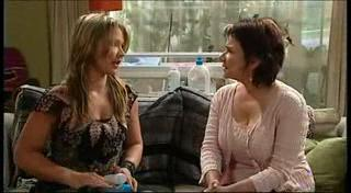 Steph Scully, Lyn Scully in Neighbours Episode 4950