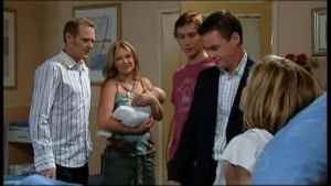 Max Hoyland, Steph Scully, Paul Robinson, Izzy Hoyland, Robert Robinson in Neighbours Episode 4952