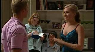 Boyd Hoyland, Janae Timmins, Bree Timmins, Zeke Kinski in Neighbours Episode 4953