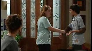 Susan Kennedy, Bree Timmins, Zeke Kinski in Neighbours Episode 4953