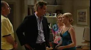 Kim Timmins, Ned Parker, Janae Timmins, Janelle Timmins in Neighbours Episode 4953