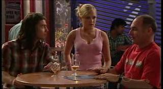Dylan Timmins, Janae Timmins, Kim Timmins in Neighbours Episode 4954