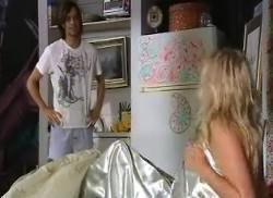 JP, Sky Mangel in Neighbours Episode 4956