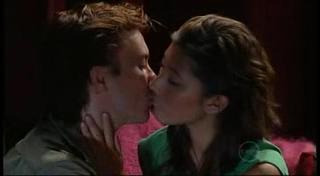 Robert Robinson, Katya Kinski in Neighbours Episode 4957