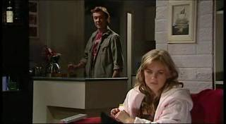 Robert Robinson, Elle Robinson in Neighbours Episode 4958