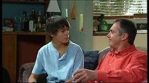 Karl Kennedy, Zeke Kinski in Neighbours Episode 4968