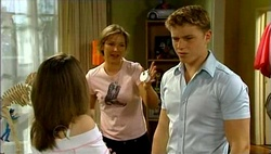 Summer Hoyland, Steph Scully, Boyd Hoyland in Neighbours Episode 4689
