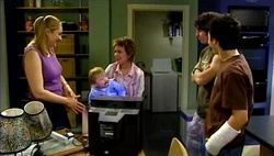 Janelle Timmins, Oscar Scully, Lyn Scully, Dylan Timmins, Stingray Timmins in Neighbours Episode 4689