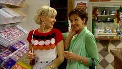 Sindi Watts, Susan Kennedy in Neighbours Episode 4690