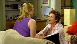 Janelle Timmins, Lyn Scully in Neighbours Episode 4690