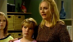 Janae Timmins, Bree Timmins, Janelle Timmins in Neighbours Episode 4692