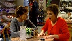 Susan Kennedy, Lyn Scully in Neighbours Episode 4695