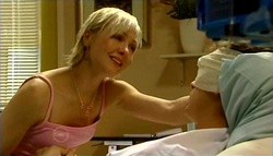 Sindi Watts, Stuart Parker in Neighbours Episode 4695