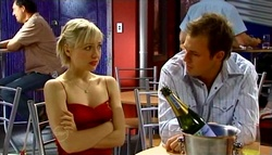 Sindi Watts, Stuart Parker in Neighbours Episode 4696