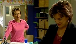 Susan Kennedy, Lyn Scully in Neighbours Episode 5033