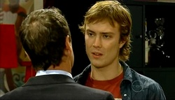 Paul Robinson, Robert Robinson in Neighbours Episode 5033