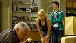 Lou Carpenter, Janelle Timmins, Stingray Timmins in Neighbours Episode 5035