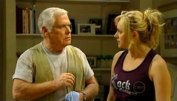 Lou Carpenter, Janelle Timmins in Neighbours Episode 5035
