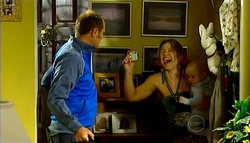 Max Hoyland, Steph Scully, Charlie Hoyland in Neighbours Episode 5037