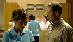 Katya Kinski, Max Hoyland in Neighbours Episode 5037