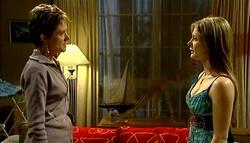Susan Kennedy, Izzy Hoyland in Neighbours Episode 5037
