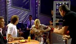 Paul Robinson, Robert Robinson, Elle Robinson, Toadie Rebecchi in Neighbours Episode 5038