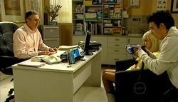 Karl Kennedy, Sky Mangel, Stingray Timmins in Neighbours Episode 5038