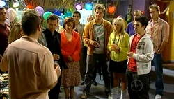 Toadie Rebecchi, Paul Robinson, Lyn Scully, Ned Parker, Sky Mangel, Stingray Timmins in Neighbours Episode 5038