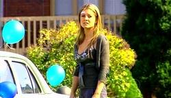 Izzy Hoyland in Neighbours Episode 5038