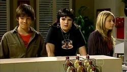Zeke Kinski, Bree Timmins, Anne Baxter in Neighbours Episode 5039