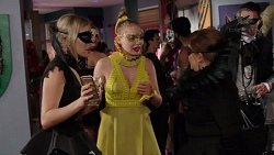 Courtney Grixti, Xanthe Canning, Terese Willis in Neighbours Episode 7726