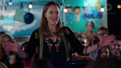 Sonya Rebecchi in Neighbours Episode 7726