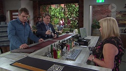 Gary Canning, Det. Bill Graves, Sheila Canning in Neighbours Episode 7728
