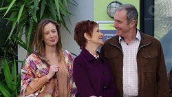 Sonya Mitchell, Susan Kennedy, Karl Kennedy in Neighbours Episode 7728