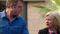 Gary Canning, Sheila Canning in Neighbours Episode 7729