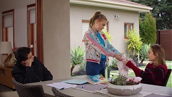 Ben Kirk, Xanthe Canning, Piper Willis in Neighbours Episode 7732