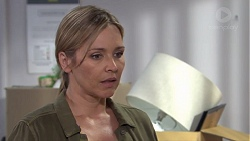 Steph Scully in Neighbours Episode 7732