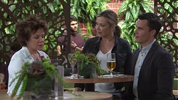 Lyn Scully, Steph Scully, Jack Callaghan in Neighbours Episode 7734