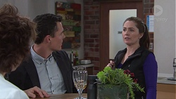 Lyn Scully, Jack Callaghan, Kylie Sayers in Neighbours Episode 7734