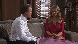 Paul Robinson, Courtney Grixti in Neighbours Episode 7740