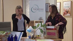 Steph Scully, Sonya Mitchell in Neighbours Episode 7741