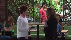 Susan Kennedy, Terese Willis in Neighbours Episode 7741